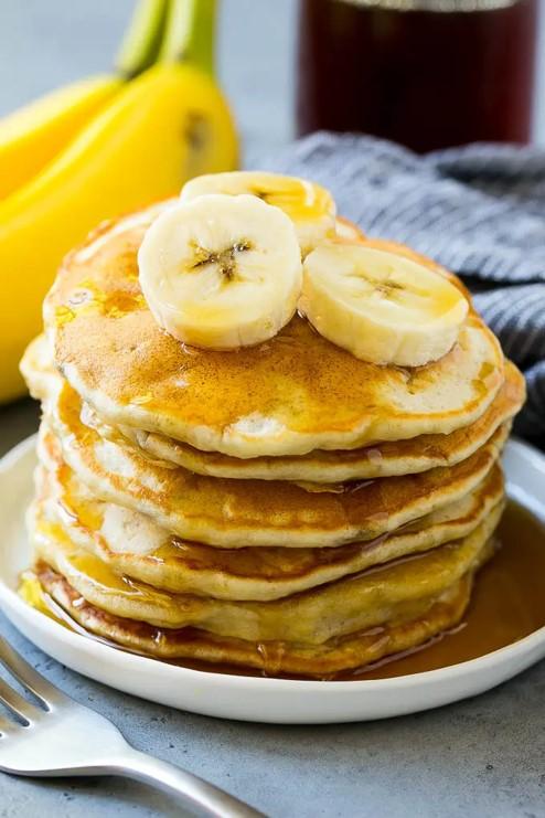 pancake recipe, the perfect pancake recipe, bananas in pancakes, fluffy pancakes